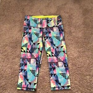 VSX Knockout crop size small